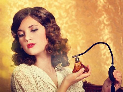 Mùi hương chính là điều quyến rũ nhất của phái nữ