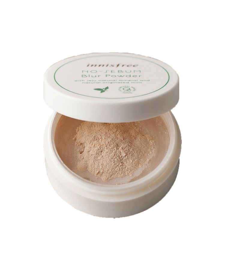 Phan-Phu-Kiem-Dau-Innisfree-No-Sebum-Blur-Powder-2639.jpg