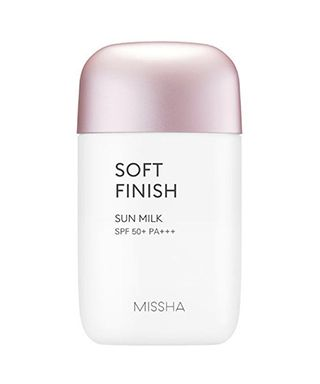 kem-chong-nang-missha-all-around-safe-block-soft-finish-sun-milk-spf-50pa-40ml